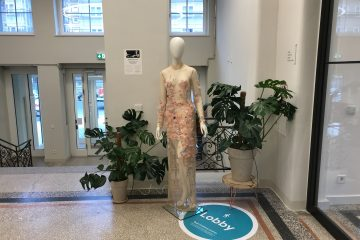 marlene-dress-in-google-berlin-headquarters